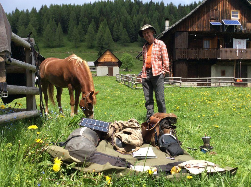 Thomas, uomo svizzero sulla Via Alpina, partito da Trieste, destinazione Monaco.